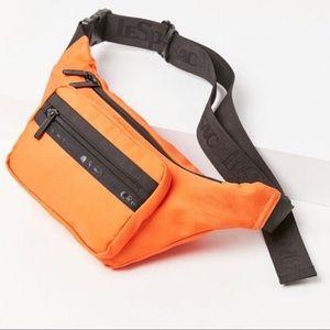 LeSportsac UO Exclusive Montana Belt Bag
